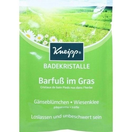 KNEIPP BADEKRISTALLE Barfuß im Gras